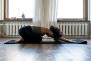 Jak joga może pomóc wZespole Jelita Drażliwego?